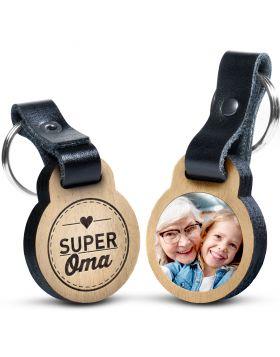 Super Oma - Foto-Schlüsselanhänger aus Eichenholz mit Gravur und kratzfestem Foto in Farbe