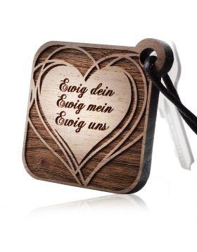 Schlüsselanhänger aus Holz Modell: HEARTBREAKER