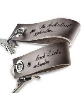 Gravierte Schlüsselanhänger aus Leder 2-teiliges Set | Grau