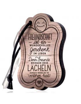 Freunde  Schlüsselanhänger Holz mit Gravur  (Freundschaft ist ein wundervolles Geschenk im Leben. Denn Freunde bringen dein Lächeln zurück, wenn du es verloren hast!)